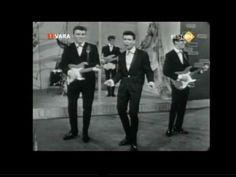 Cliff Richard - Do you wanna Dance? Bobby Freeman, Sir Cliff Richard, Old Music, Kinds Of Music, Music Publishing, Good Old, Elvis Presley, Music Artists, The Beatles