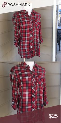 Seven plaid button down New without tags. Size M Seven7 Tops Button Down Shirts