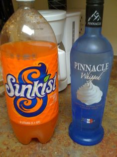 10 oz Fanta Free Orange Soda + 2 oz Pinnacle Whipped Vodka + 2 oz ice = really good orange cream soda! Trying with diet rootbeer next. Whipped Vodka Drinks, Pinnacle Vodka, Whipped Cream Vodka, Liquor Drinks, Dessert Drinks, Cocktail Drinks, Alcoholic Drinks, Bartender Drinks, Vodka Cocktails