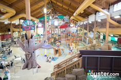 """""""10 Hotel Water Parks Your Kids Will LOVE Oyster, huffingtonpost.com With much of the United States in the throes of cold temperatures and icy snow, a weekend at a water park is just what the doctor..."""