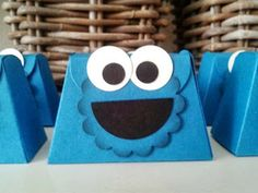 cookie monster treat box  made with petite purse die