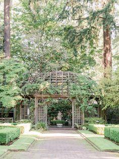 Wedding inspiration at Lakewold Gardens Photo: @janetlinandersen