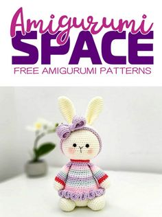 Amigurumi bunny girl with a crochet dress and crochet purple bow! With this FREE pattern you will get a bunny about 16 cm high. Crochet Bows Free Pattern, Crochet Bow Ties, Easter Bunny Crochet Pattern, Crochet Hair Clips, Crochet Flower Patterns, Crochet Toys Patterns, Amigurumi Patterns, Stuffed Toys Patterns, Free Crochet