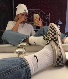 𝕱 𝖎 𝖔 𝖓 𝖆 on - Style - Skater Girls Vintage Outfits, Retro Outfits, Grunge Outfits, Trendy Outfits, Hipster Outfits, Tomboy Outfits, Urban Outfits, Boyish Outfits, Everyday Casual Outfits