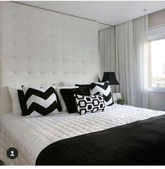 Schlafzimmer Mit Doppelbett, Zimmerdekoration, Schlafzimmerdeko,  Kissenideen, Dekorative Kissen, Traum Schlafzimmer, Balkon, Schlafzimmer,  Rosa, Innenräume, ...