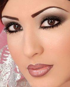 Maquillaje de novia de día y noche - Foro Belleza - bodas.com.mx