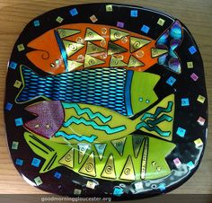 Susie Byrd the woman who we consider one of the best back men in the business makes incredible art by fusing glass together. I don't know exactly how it works but the results are visually stunning. Susie Byrd Fused Glass Fish Art, originally uploaded by Fused Glass Plates, Fused Glass Art, Mosaic Glass, Stained Glass, Dichroic Glass, Bowls, My Glass, Water Glass, Ceramic Fish