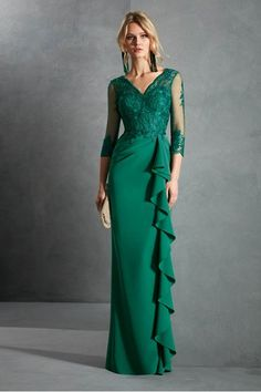 Dresses in natural and intense tones . Sexy Evening Dress, Evening Dresses Online, Cheap Evening Dresses, Prom Dresses, Wedding Dresses, Best Formal Dresses, Elegant Dresses, Mom Dress, Green Dress