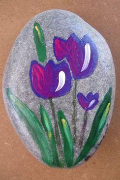 Pebble Painting, Pebble Art, Stone Painting, Diy Painting, Rock Painting Patterns, Rock Painting Ideas Easy, Rock Painting Designs, Folk Art Flowers, Rock Flowers