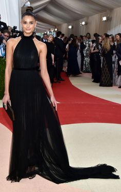 Taylor Hill from Met Gala 2016: Red Carpet Arrivals | E! Online