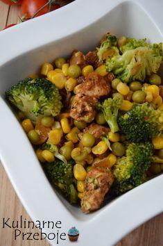 Sałatka z brokułem i groszkiem - KulinarnePrzeboje.pl Broccoli, Vegan Recipes, Spices, Food And Drink, Menu, Tasty, Lunch, Vegetables, Cooking