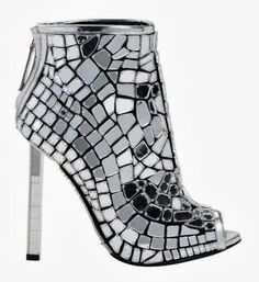Celebrities who wear, use, or own Tom Ford Spring 2014 RTW Mirrored Boots. Also discover the movies, TV shows, and events associated with Tom Ford Spring 2014 RTW Mirrored Boots. Women's Shoes, Mode Shoes, Me Too Shoes, Art Shoes, Tom Ford, Stilettos, High Heels, Bootie Boots, Shoe Boots