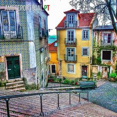#Alfama streets in #Lisbon are narrow and incredibly colorful and beautiful :) Look for a premium house narby at www.lincerealestate.com #LINCE