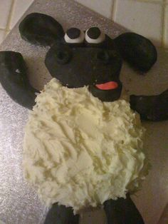 Shaun the Sheep cake. My kids would love this