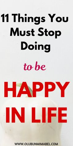 Want to be happy in life? Then stop doing these 11 things. Boring Person, How To Be A Happy Person, Boring Life, Happiness Meaning, Finding Happiness, Self Development, Personal Development, Self Pity, Just Keep Going
