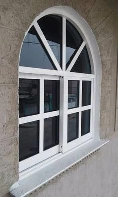 Resultado de imagen para ventanas de aluminio en arco #decoracioncuartos #VentanasModernas Aluminium Windows And Doors, Casement Windows, Window Grill Design, Architectural House Plans, Window Benches, Garden Deco, Spanish Style Homes, Window Styles, Entry Doors