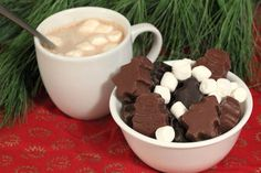 Sweet Stocking Stuffer: How to Make Hot Cocoa Bombs >> http://blog.diynetwork.com/maderemade/how-to/how-to-make-holiday-hot-cocoa-bombs?soc=pinterest