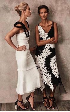 These black and white midi dresses are gorgeous! Love how romantic, ladylike and., These black and white midi dresses are gorgeous! Love how romantic, ladylike and. These black and white midi dresses are gorgeous! Love how romantic. Looks Chic, Looks Style, Look Fashion, High Fashion, Womens Fashion, Dress Fashion, Trendy Fashion, Party Fashion, Ladies Fashion