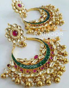 Pinterest: @pawank90 Indian Wedding Jewelry, Bridal Jewelry, Gold Jewelry, Diamond Jewelry, Pearl Jewelry, Jewelry Design Earrings, Designer Earrings, Necklace Designs, Trendy Jewelry