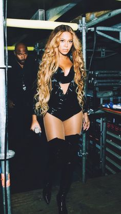 Boyonce in sexy black outfit Beyonce Knowles Carter, Beyonce And Jay Z, Look Fashion, Fashion Outfits, Beyonce Style, Sexy, Queen B, Female Singers, Beautiful Black Women