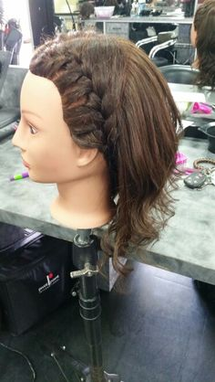 Side Braid / Curls