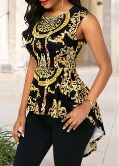Stylish Tops For Girls, Trendy Tops, Trendy Fashion Tops, Trendy Tops For Women African Fashion Ankara, Latest African Fashion Dresses, African Dresses For Women, African Print Fashion, African Attire, Africa Fashion, African Prints, African Style, African Fabric