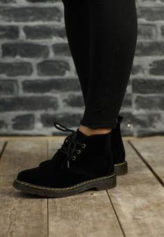 Womens New Black Desert Boots from Revolva - love these boots :3  http://wp.me/p8sfaK-1g5