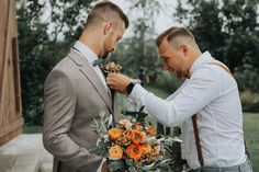 Top Wedding Trends, Photographers, Wedding Inspiration, Wedding Photography, Weddings, Ideas, Wedding Vows, Getting Married, Tears Of Happiness