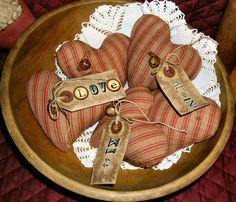 Primitive Folk Art Heart OrniesBowl FillersSet by FromTheFarmPrims, $9.99