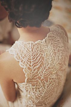 Gorgeous back wedding dress