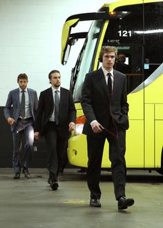 Beau Bennett, Matty Niskanen, and B Sutter make a B line towards the arena for Game 4 in Boston, 6/7/13