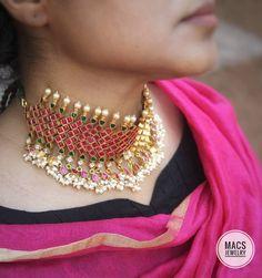 Items similar to Kundan Necklace Sabyasachi Jewelry Kundan Jewelry Kundan Choker Guttapusalu Indian bridal set Rani choker on Etsy Bridal Necklace, Bridal Jewelry, Drop Necklace, Antique Jewellery Designs, Jewelry Design, Jewelry Shop, Silver Jewellery Indian, Gold Jewellery, Diamond Jewelry