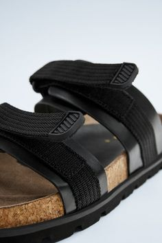 Double Strap Sandals, Mens Fashion Wear, Pulsar, Zara United States, Tabata, Two Pieces, Color Negra, Slippers, Footwear