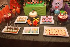 Felien Torres Lyn - #Dora #Diego #Dessert table