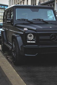 Dream Cars For Girls Mercedes Benz G Wagon Ideas – Sport Cars Mercedes Suv, Mercedes Benz G Klasse, Black Mercedes Benz, Mercedes G Wagon, G Wagon Matte Black, Black G Wagon, Vintage Jeep, Mercedes Wallpaper, Lux Cars
