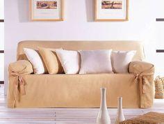 Rinnovare divano fai da te - Copridivano con fiocchetti