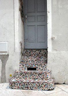 Mosaic stairs [Nantes, France]