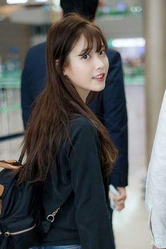 IU 160826 Incheon Airport Cute Korean, Korean Girl, Asian Girl, Iu Fashion, Korean Artist, Korean Celebrities, Korean Actresses, Korean Singer, Wavy Hair