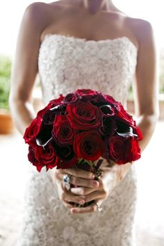 Red wedding ideas, red roses