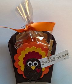 Here is a Thanksgiving Treat Holder I made for the members of my last card class before the end of November.  It's made with the Fry Box Die from Stampin' Up!