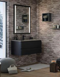 Découvrez cette jolie salle de bain Halo au cœur des montagnes. Ce meuble vasque suspendu et laqué noir complétera parfaitement un intérieur style chalet, avec du bois et des murs en pierres. Accompagné d'un miroir Sanijura au cadre noir et rétro-éclairé, votre salle de bain sera moderne et design. - halo de Sanijura  #sanijura #salledebain #bathroom #bathroomfurniture #bathroomgoals #design #deco #decoration #interiorinspiration #interiordesign #decor #home #bienvenuechezmoi #decoaddict… Deco Addict, Bathroom Lighting, Decoration, Flat Screen, Wood, Illusion, Bathroom Ideas, Furniture, Wellness