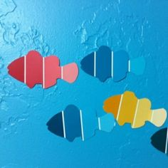 Use a clown fish template on some Martha Stewart metallic paint chips.great for Rainbow Fish artwork. by charlene. Paint Chip Cards, Paint Sample Cards, Paint Samples, Martha Stewart Metallic Paint, Preschool Crafts, Crafts For Kids, Preschool Music, Preschool Christmas, Christmas Crafts