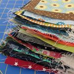 35 envelopes done, only 4 to go! #envelopequilt #piecing #quilting
