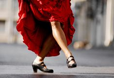 When it comes to dance, nothing inspires me more, and nothing is more outside my reach.  I dream of dancing, but I can barely figure out which foot is which. I read this inspiring article from a woman who took a flamenco workshop with mostly professional dancers, with no prior dance experience.  This article just might change your life and persuade you to try something out of your comfort zone that you long to experience.