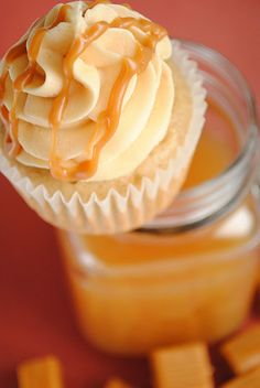 Apple Cider Cupcakes with Salted Caramel Buttercream - NOM! Thanks, Something Swanky!