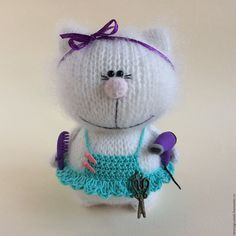 Фотография Knitted Cat, Knitted Dolls, Plush Dolls, Crochet Dolls, Easy Knitting Patterns, Crochet Toys Patterns, Stuffed Toys Patterns, Doll Patterns, Crochet Doll Pattern