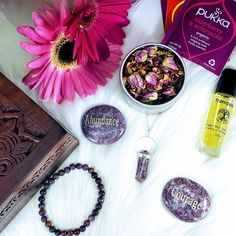 """🌷🌿Little Box of Tranquility🌿🌷 🧚♀️This beautiful Tranquility Gift Box features Lepidolite which fosters tranquil, peaceful and calming energies for your mind, body and spirit. 🧚♀️Choose your Palm stone from a choice of Happiness, Gratitude, Abundance, Courage or Believe. 🧚♀️You will find these listed under """"Gift Boxes"""" in the shop✌️ Little Boxes, Gift Boxes, Calming, Abundance, Gratitude, Palm, Happiness, Spirit, Stone"""