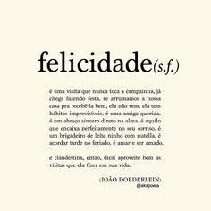 Hoje é o dia internacional da felicidade! Sabiam? Marca aí as pessoas que tornam seu dia a dia mais feliz! Sempre bom prestigiar quem arranca sorriso da gente em meio a monotonia! Apreciem os pequenos atos de amor!
