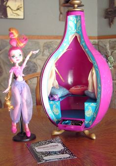 Gigi Grant and lamp by bratz. I have bought the same one see pics on board house we're building. Although I want to change the color scheme. The blonde in the pic.