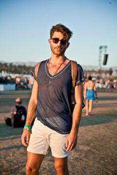 Desde Coachella nos llega este outfit fresquito, ¡perfecto para el sol de Benidorm!